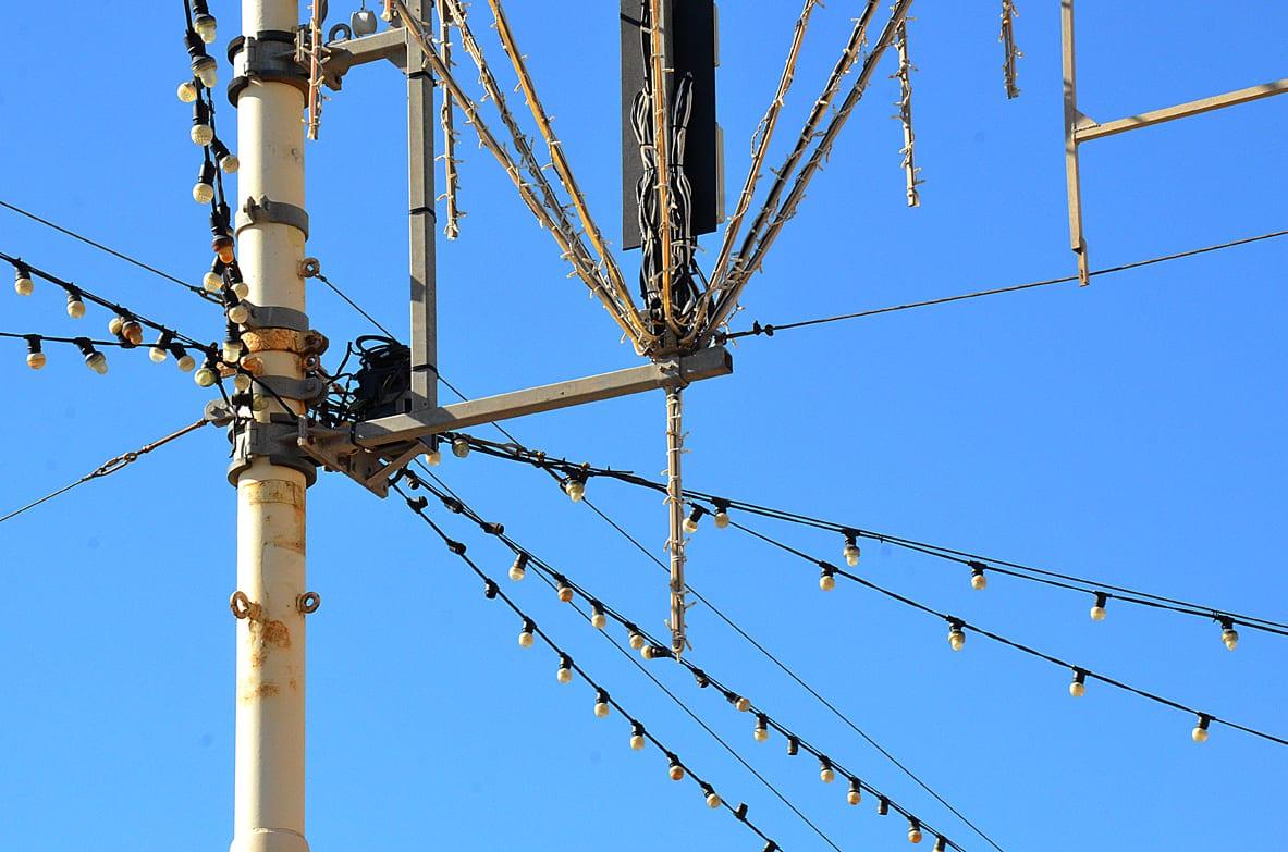 Wires-festoons-blackpool-illuminations - The Blackpool Illuminations
